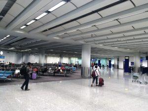 香港国際空港のバス待ち場所