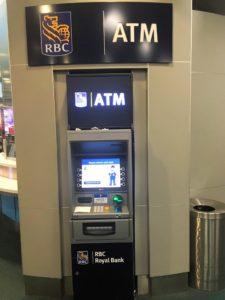 バンクーバー国際空港のRBC Royal BankのATM